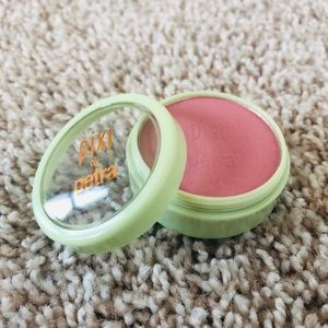 NEW!! Pixi Fresh Face Blush in Whisper Pink